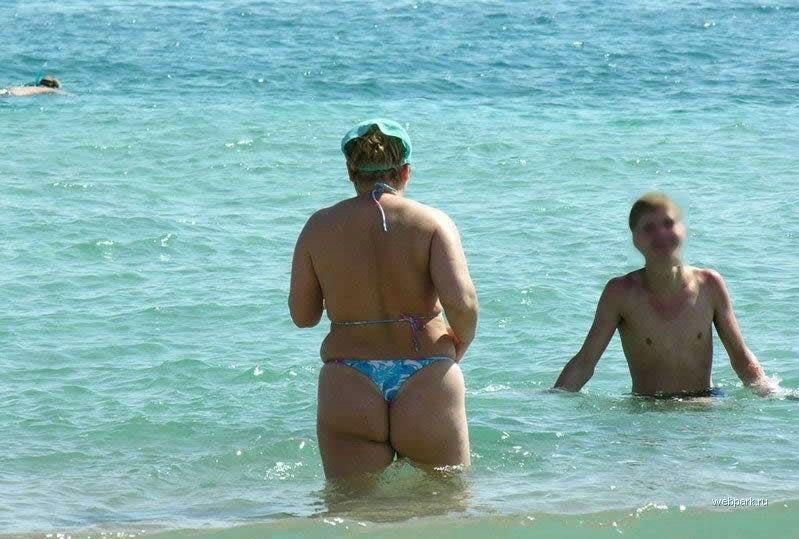 обычные женщины на пляжу случаеные фото